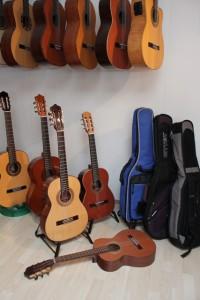Schülergitarren in verschiedenen Grössen