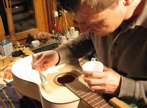 martin_weishaupt Gitarren Baukurs