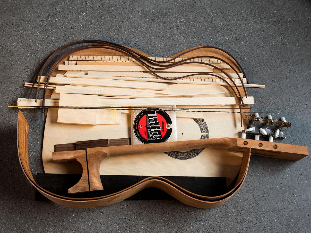 Easy - Gitarren Baukurs